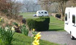 Threaplands House Farm Camping & Caravan Park