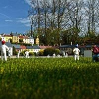 Bondville Miniature village