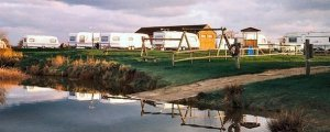 Billabong Lakeside Watersports And Caravan Park