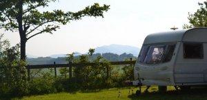 Burns Farm caravan and campsite